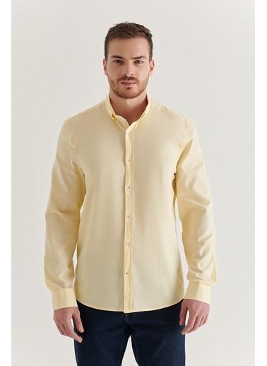 Avva Erkek Düz Düğmeli Yaka Regular Fit Gömlek A11Y2026 Sarı